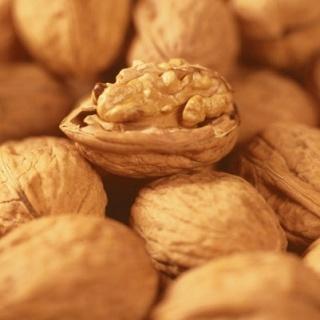 Petites noix de Claude Girousse (Montmorin 05)  X 250g